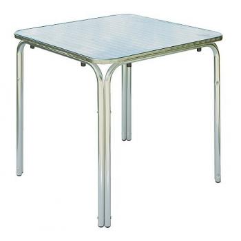 Table d'extérieur carrée...